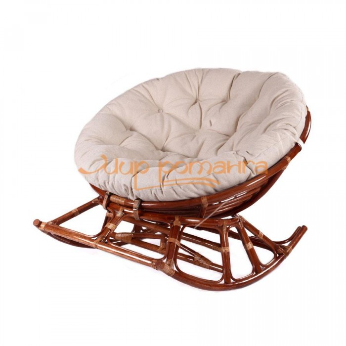 Кресло из ротанга