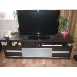 Класическая тумба под телевизор на заказ №6