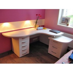 Компьютерный стол на заказ №12
