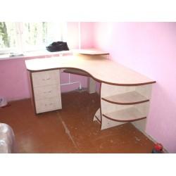 Компьютерный стол на заказ №13