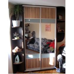 Шкаф-купе с зеркалом на заказ № 035